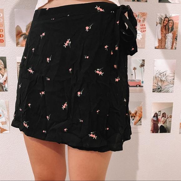 PacSun Dresses & Skirts - Pacsun wrap skirt